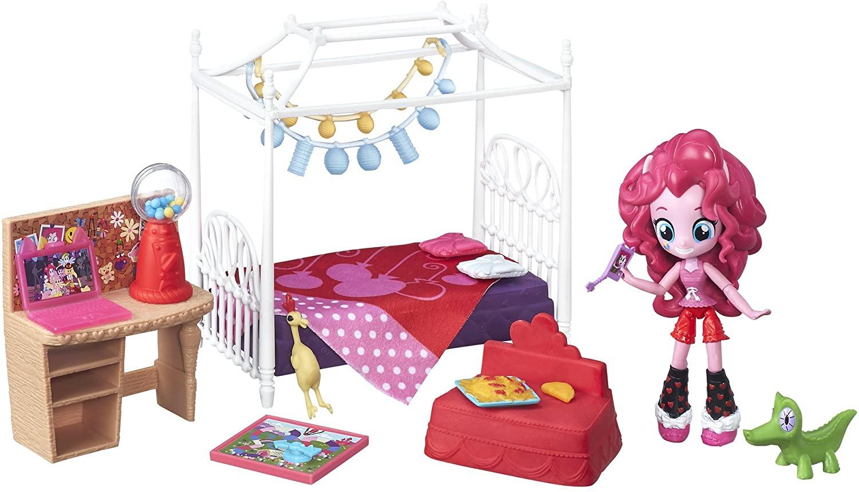 EG Pinkie Pie Slumber Party Bedroom Figure Set 2